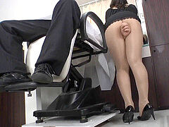Reiko Nakamori cool Barber In stockings