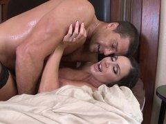 Cheating wife has her husband vid it as she cuckolds him