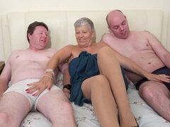 Whore Granny 3Some sex with freaky guys