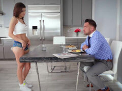 Shavelle Love gets dad's cock & cum for breakfast