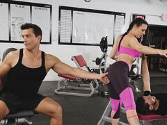 Workout gets Rachel Starr all horny so she spreads her legs for a muscle guy