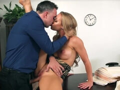 Demanding and horny boss called over his sexy-looking blonde secretary