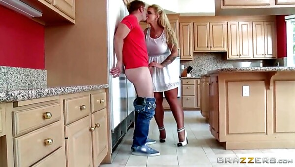 Hot MILF pleases her stepson in the kitchen