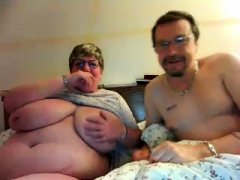 Aged with huge nipples and hairy pink slit on webcam