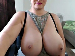 thick milf showing damn nice tits on webcam
