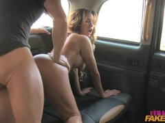 Lucky fat cock stretches pussy of female UK taxi driver
