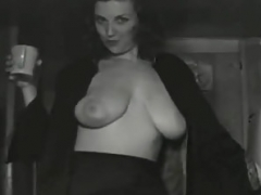 40's Huge Breasted Nudie Cutie.mp4