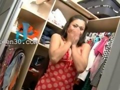 It's entirely lovely vid of Exotic 18-19 year old in shoes teasing in a closet