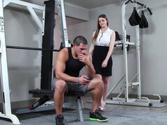 Pretty wife is fucking her personal trainer