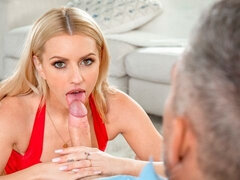 Rough anal penetration with a big-bottomed blonde Lexi Belle