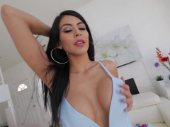 Kukk suging, Brunette, Sperm skott, Kjole, Hardcore, Latina, Sperm, Suging