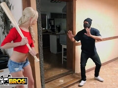 BANGBROS - Small Nubile Elisa Jean Smashes Thick Pipe Crook