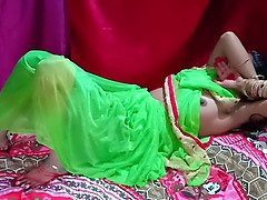 Indian newly married bhabhi wedding night porno homemade