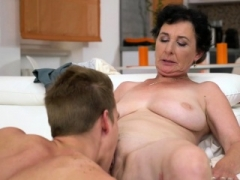 Oral sex loving granny fucked