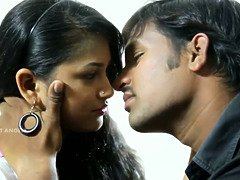 Hot mamatha secretly romance with her ex bf in motel room