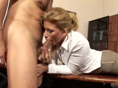 Mind-Blowing Office Sex Clip
